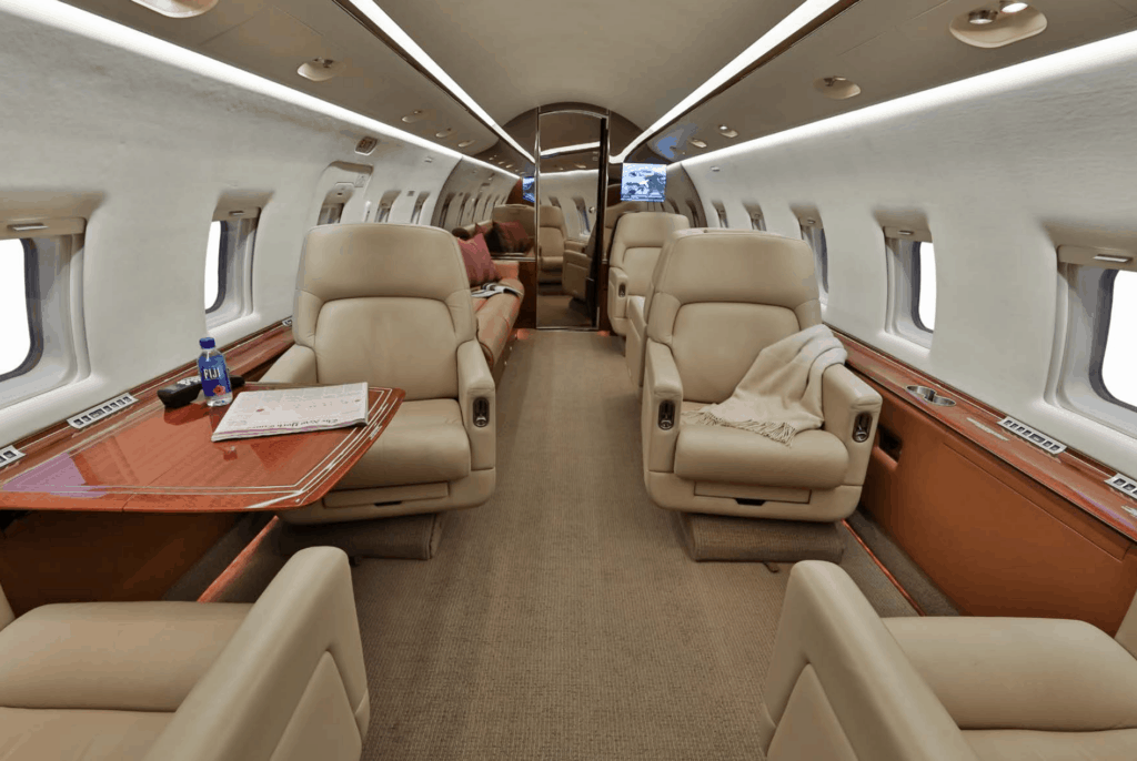 2004 Bombardier Challenger 604 Aft